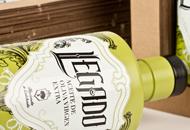 Al Margen Comunicación Packaging Córdoba. Branding. Decoración botella.