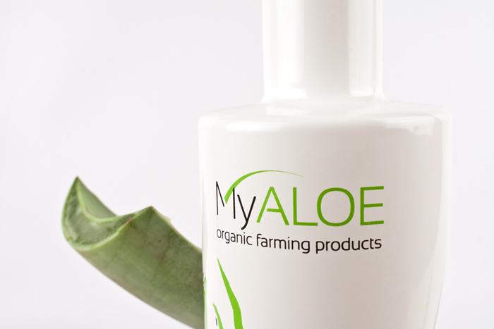 Diseño de botella de jugo de aloe en Córdoba para la empresa MyAloe.
