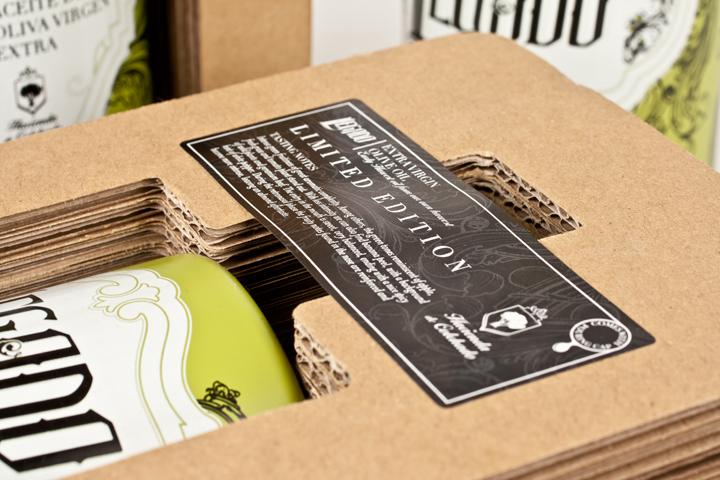 Nuevo diseño de botella para la empresa Hacienda de Colchado. Packaging.