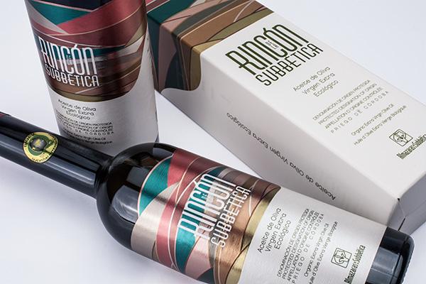 4 Nuevos premios de packaging para aceite en USA. Etiqueta y packaging Rincón de la Subbética