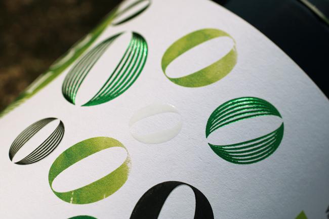 Nuevo diseño de imagen y packaging premium aceite 1948 Óleum