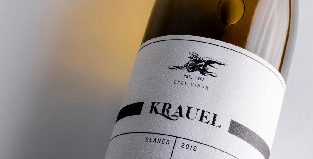 Fylgia diseño de packaging para vino